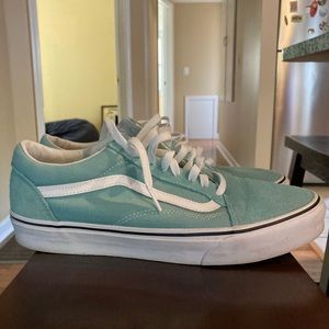 Vans Shoes - Vans Old Skool